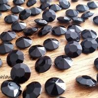 Diamantové konfety