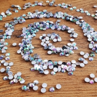 Ozdobné kamienky - 5 mm - Crystal AB - 500 kusov