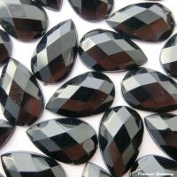 Ozdobné kamienky 8 x 13 mm - čierne