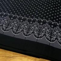 Bavlnená látka - Krajkový motív na čiernom- cena za 10 centimetrov