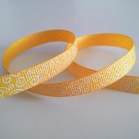 Rypsová stuha 10 mm - Biele ornamenty - žltooranžová