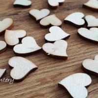Drevené výlisky srdiečka - 50 kusov