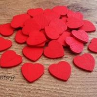 Drevený výlisok srdiečko červené - 18 mm