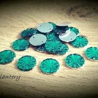 Ozdobné kamienky našívacie - 12 mm - Smaragdovo zelené - 20 kusov