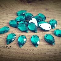 Ozdobné kamienky našívacie 8 x 13 mm - Smaragdovo zelené - 20 kusov