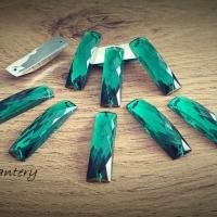 Ozdobné kamienky našívacie 25 x 8 mm - Smaragdovo zelené - 10 kusov