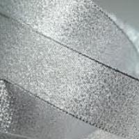 Brokátová stuha 25 mm strieborná