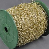 Perličková girlanda zlatá 3 mm