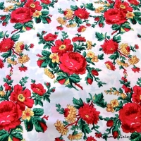 Krojova látka - červené kvety veľké na bielom podklade - cena za 10 cm