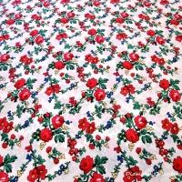 Krojova látka - červené kvety malé na bielom podklade - cena za 10 cm
