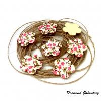 Drevený výlisok Kvietočky - ružovkasté