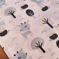 Bavlnená látka - Jelenček so stromčekmi - cena za 10 cm
